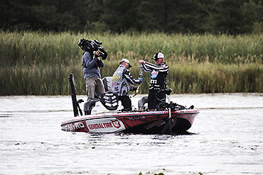 MLF: Action heats up late
