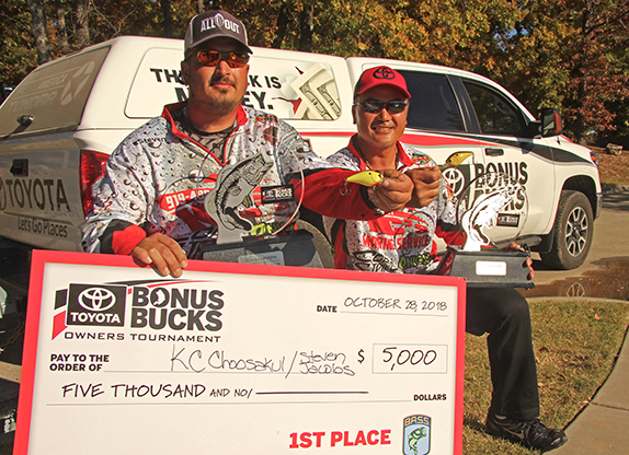 NC duo wins Toyota event on obscure plug