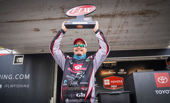 Ripping Rattlebait Carried Au To Second Win