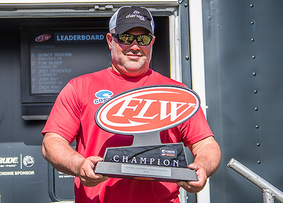 Houchin wins Series event at Dardanelle