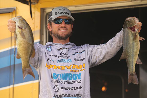 Blaylock's 15-09 Puts Him Out Front At Tenkiller