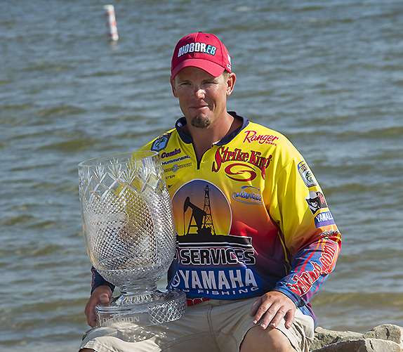 Combs Cranked Up Silly Weights At Lake Fork