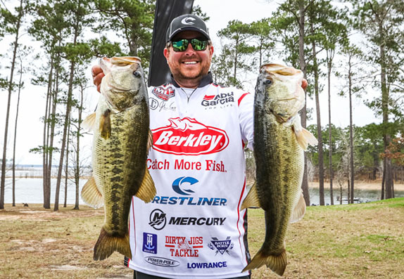 Cox the early leader at Rayburn