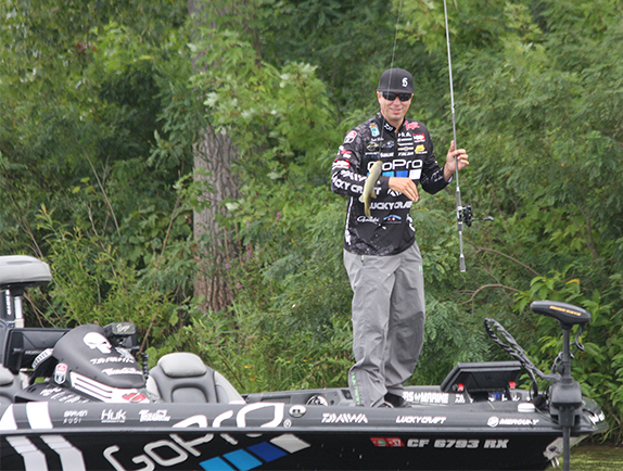Tips & Tricks: Ehrler's Go-To Hook For Wacky Rigs