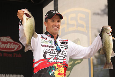 Megabass adds Evers