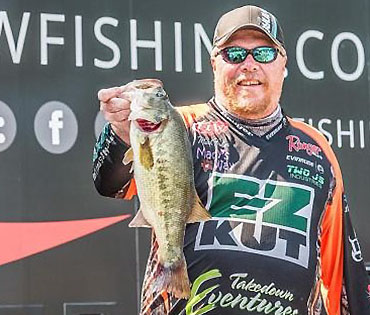 FLW pro Fisher signs with Elysian