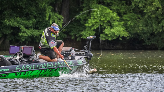 Greenblatt Pulls Ahead At Chickamauga