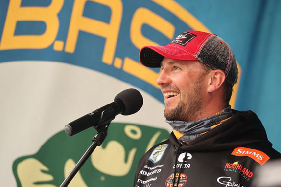 Gustafson Finishes Off Wire-To-Wire Victory