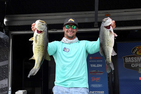 Hahner takes early lead at Hartwell