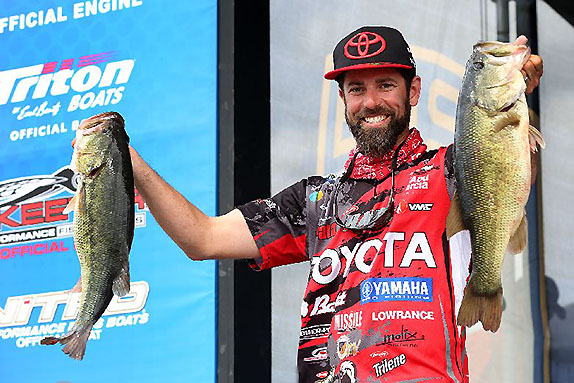 Iaconelli, Jordon Lead The Way On Day 1