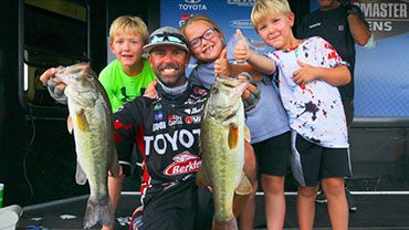 Iaconelli takes over top slot at James