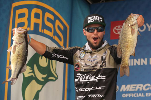 Jocumsen Triumphs With Giant Final-Day Bag