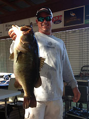 Lane's lunker loses out