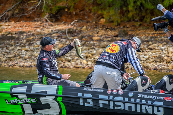Lefebre Sets Pace As Group A Blisters Chickamauga