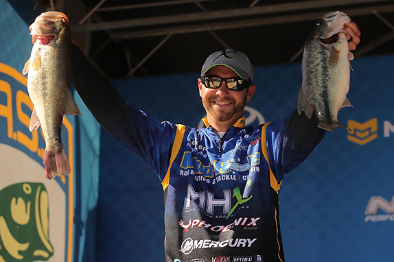 Lester Moves To Top With 26-Pound Stringer