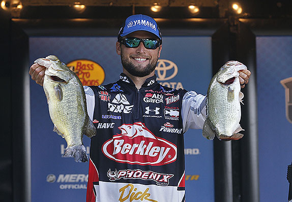 Lucas Bags 19-14, Lead Swells To Nearly 6 Pounds