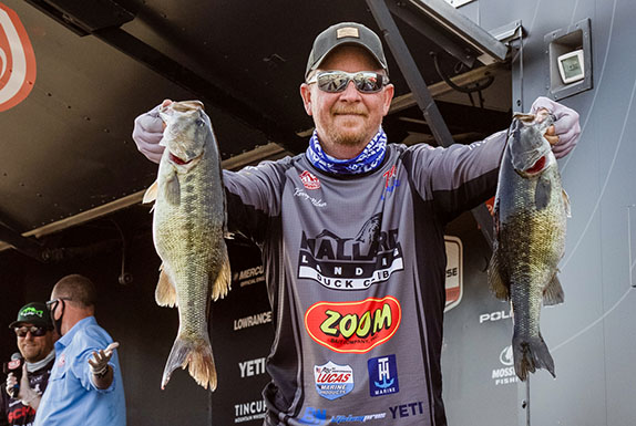 Milner's 18 Pounds Tops On Day 1 At Smith