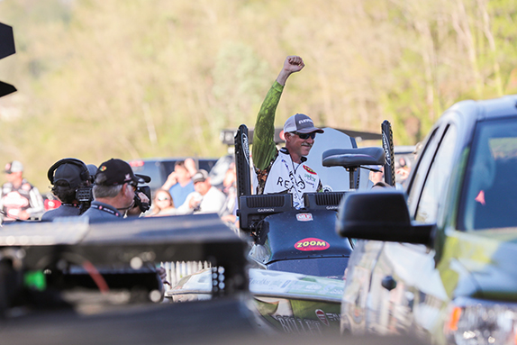 Right At Home: Morgan Dominant At Chickamauga