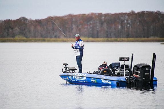 Major League Fishing/Phoenix Moore