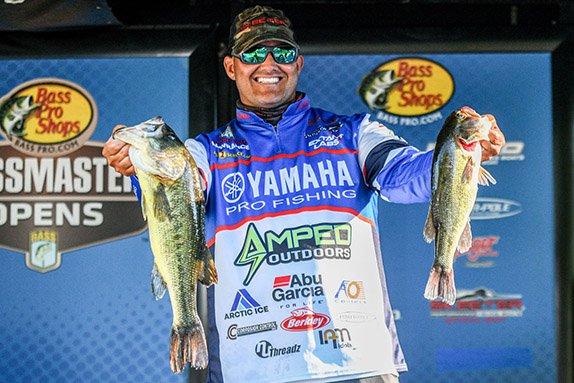 Smith's all-largemouth bag leads day 1 at Norman