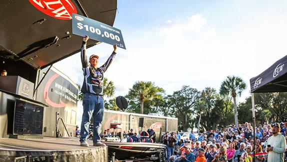 Strickland closes out Pro Circuit triumph