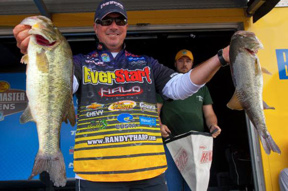 Tharp's 16 takes day-1 lead at Ross Barnett