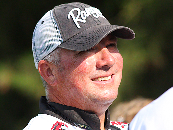 Tharp signs with Rapala