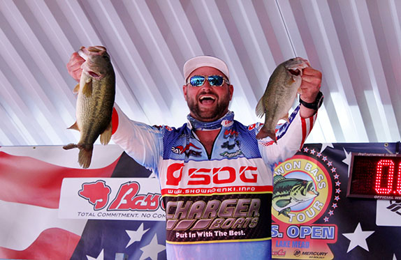 Tosh catches 13.20 to win U.S. Open