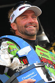 Spinal Surgery Could Keep Velvick Out For 2011