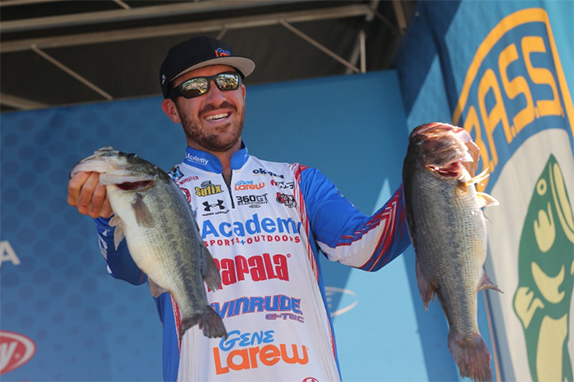 Wheeler Junks His Way To 25-01, Day-1 Lead